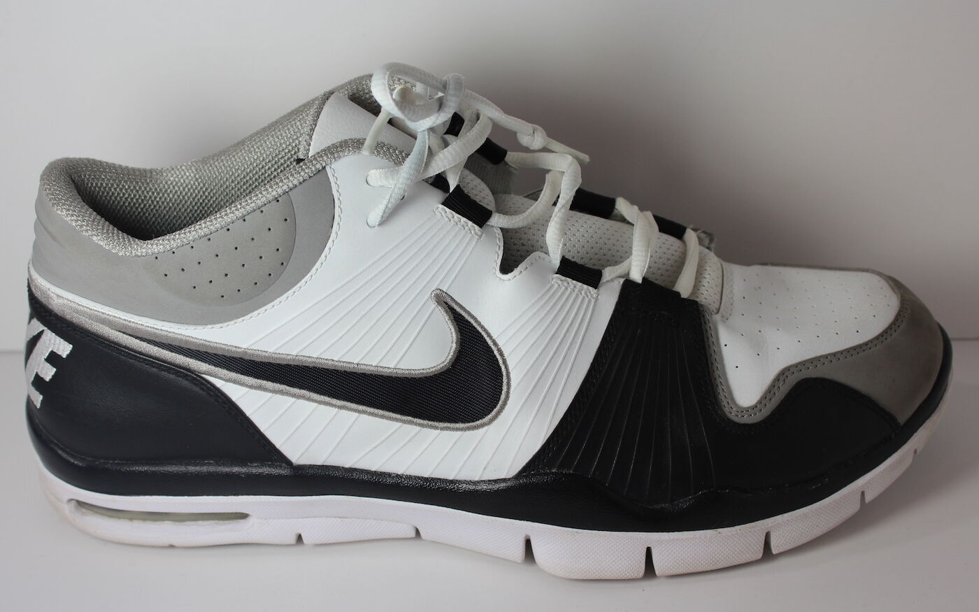 Nike Trainer 1 2009 Men's Size 14 Grey White Black Shoes