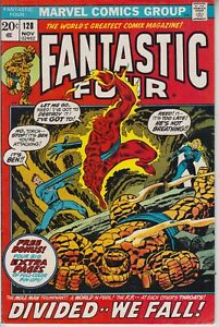 FANTASTIC-FOUR-120-VF-POSTER-INSERT-ATTACHED-JOHN-BUSCEMA-ART-CENTS-1972