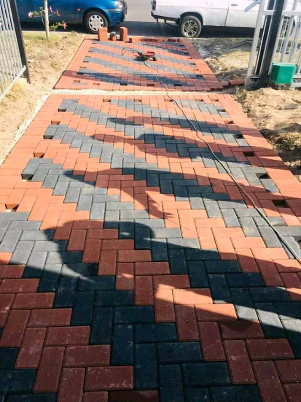 Jackie's Paving And Gardening projects