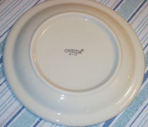 """BLUE Stripe IHOP Maitre D/' NEW Set 6 ONEIDA 7/"""" DESSERT BREAD PLATES White IVORY"""