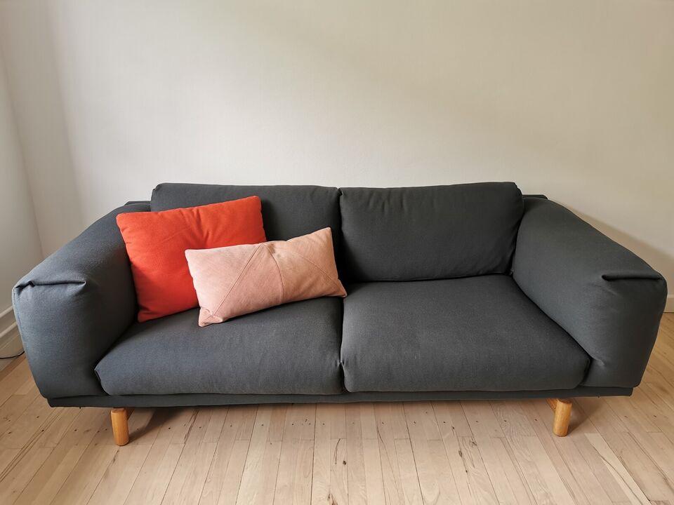 Sofa, muuto Rest inkl. puf og Hay puder
