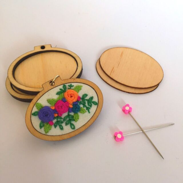 3 X mini embroidery hoop, Pendant Blank. Embroidery Cross Stitch With BACKS