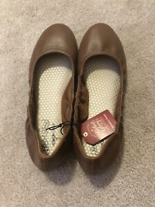 New With Tags FADED GLORY Women's SZ 6