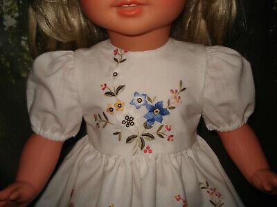 Puppenmode Süßes Kleidchen Ausoma Besticktetischdeckchen Puppe Gr 60 Handarbeit NüTzlich FüR äTherisches Medulla