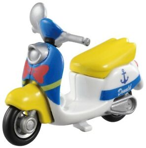 Tomica-DIECAST-scooters-1-64-n-dm-19-Disney-chimuchimu-Donald-Duck