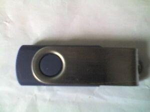 Inconnu Faire Pivotant Noir 1 Go Usb Flash Drive-utilisée-working-afficher Le Titre D'origine