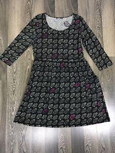 Marimekko-Omena-With-2-Front-Pockets-Crew-Neck-Floral-Gray-Dress-Women-039-s-Size-M