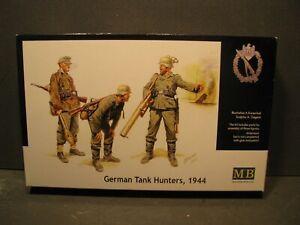 1-35-MASTER-BOX-GERMAN-TANK-HUNTERS