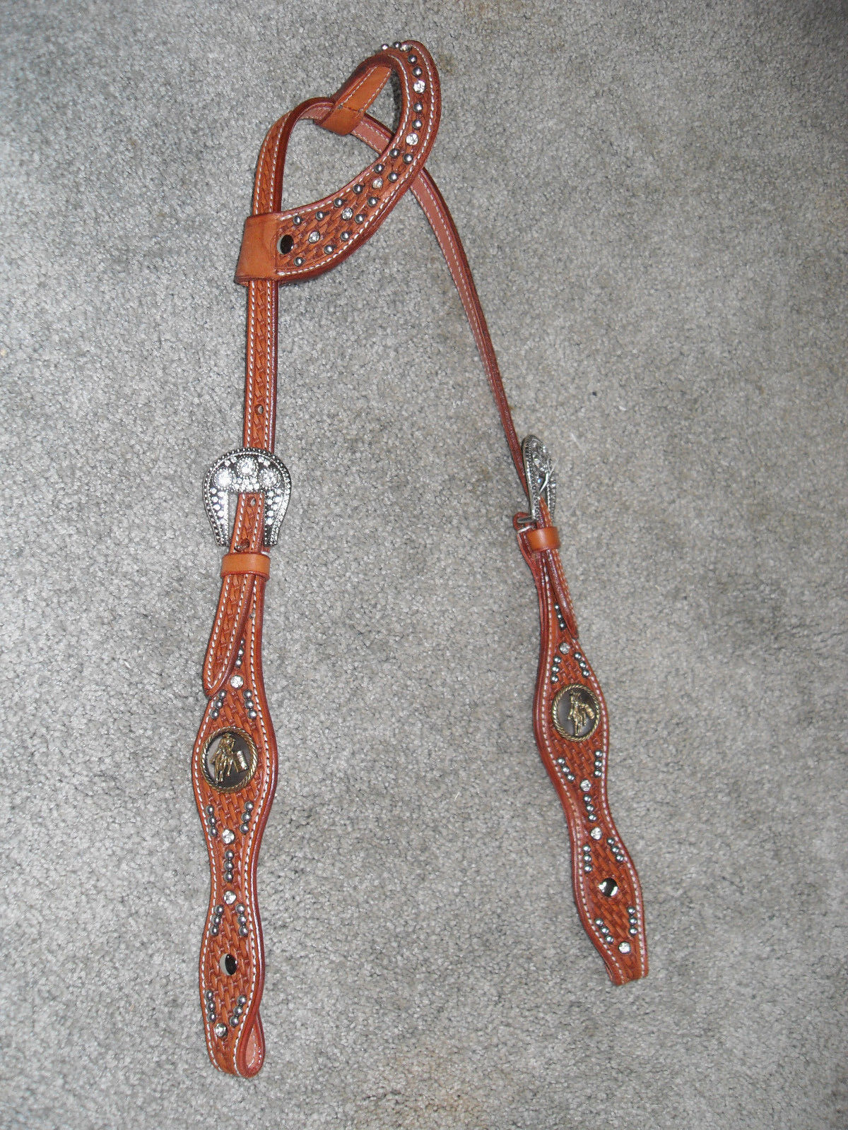 WESTERN HEADSTALL   BRIDLE MED OIL LEATHER W   CLEAR CRYSTALS & BARREL RACER  save 35% - 70% off