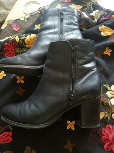 Frye Addie Double Zip Boots. 9.5