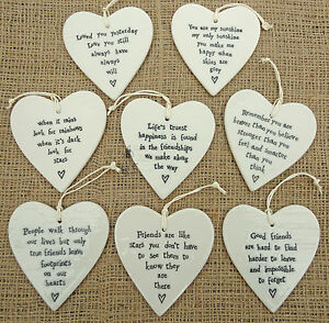 EAST OF INDIA PORCELAIN ROUND HEARTS SHABBY & CHIC CHOICE OF 4 F'SHIP SENTIMENTS
