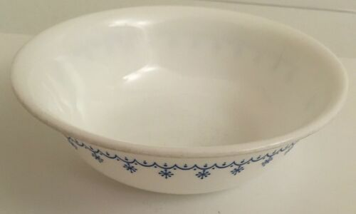 "Corelle Corning Blue Garland Snowflake White w// Blue  Soup// Cereal Bowl 6 1//4/"" D"
