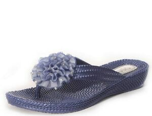 5974fcb1b4f9 Ladies Flat Wedge Diamante Flower Flip Flops Toe Post Beach Sandals ...