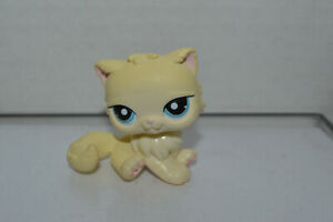 Littlest Pet Shop 428 Persian Kitty Cat Cream Yellow Blue Dot Eyes Ebay