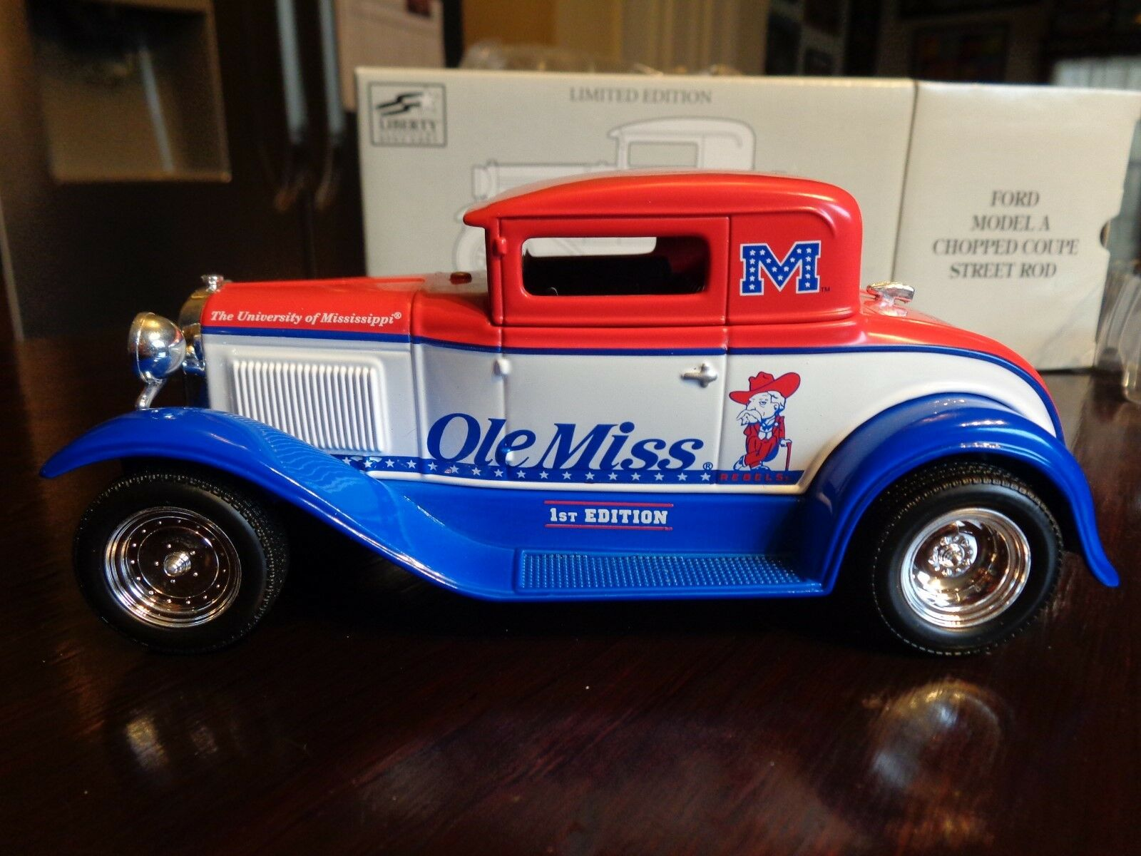 grandes ahorros Modelo A A A Ford picados Coupe Street Rod Ole Miss Mississippi Ltd Ed 1 25 Liberty  ¡no ser extrañado!