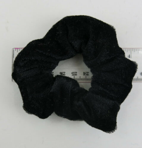 1 Choose from 12 Colours 2 or 4 per Colour Velvet Scrunchie Hair Ties