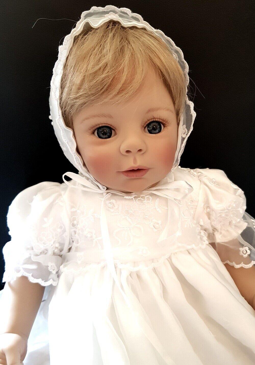 Artistas muñeca Marie de Laura tuzio-Ross en taufkleid, 56 cm, como nuevo