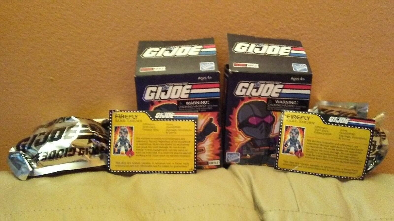 FIREFLY- G.I.JOE- THE LOYAL SUBJECTS- 2 BAGGED ACTION VINYLS