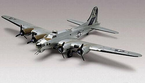 Revell B-17G Flying Fortress - Plastic Model Airplane Kit - 1/48 Scale - #855600