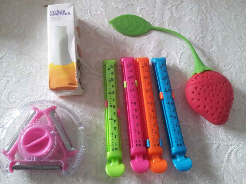 Assorted Kitchen Gadgets for sale - ALL BRAND NEW! - BARGIN!