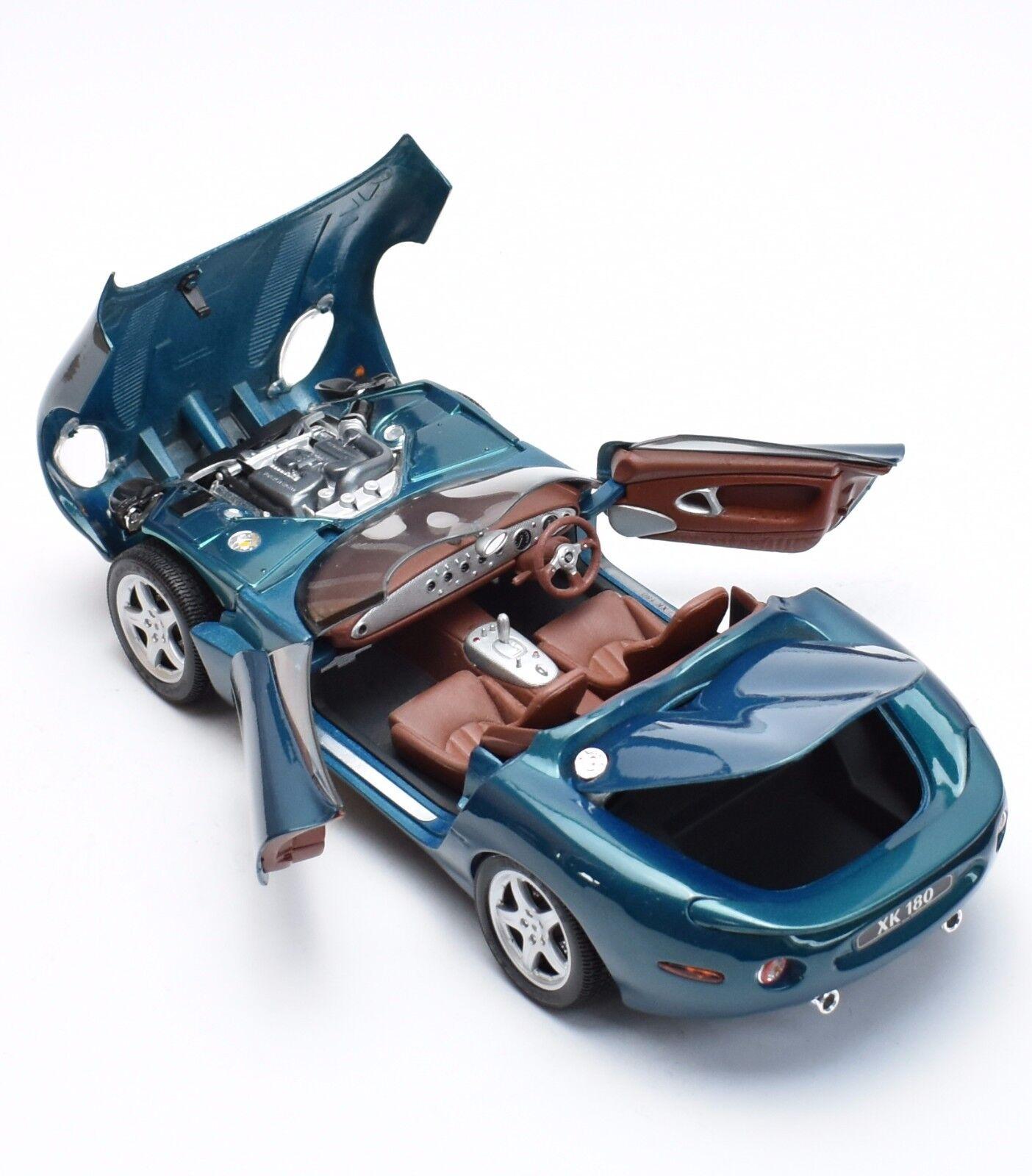Classique JAGUAR XK 180 Roadster Voiture De Sport En Vert, Maisto, neuf dans sa boîte, 1 18, k056