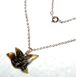 EXQUISITE-CARVED-TIGER-EYE-BIRD-PENDANT-WITH-17-INCH-CHAIN