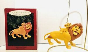 1994-Disney-Hallmark-Mufasa-And-Simba-The-Lion-King-Christmas-Ornament-In-Box
