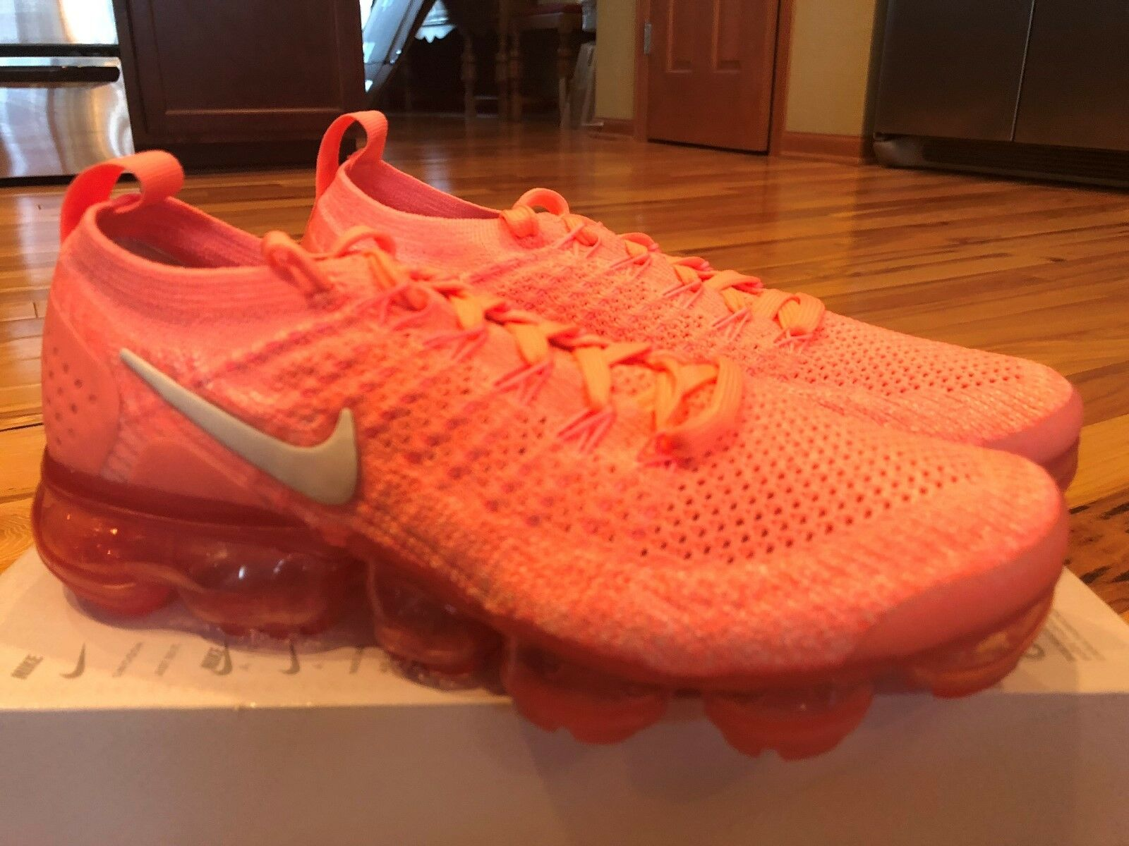 50b6ed4ab122 Nike Women s Air Vapormax Flyknit 2 Crimson Pulse 942843 942843 942843 800  Size 7 NOBOXTOP 407f10