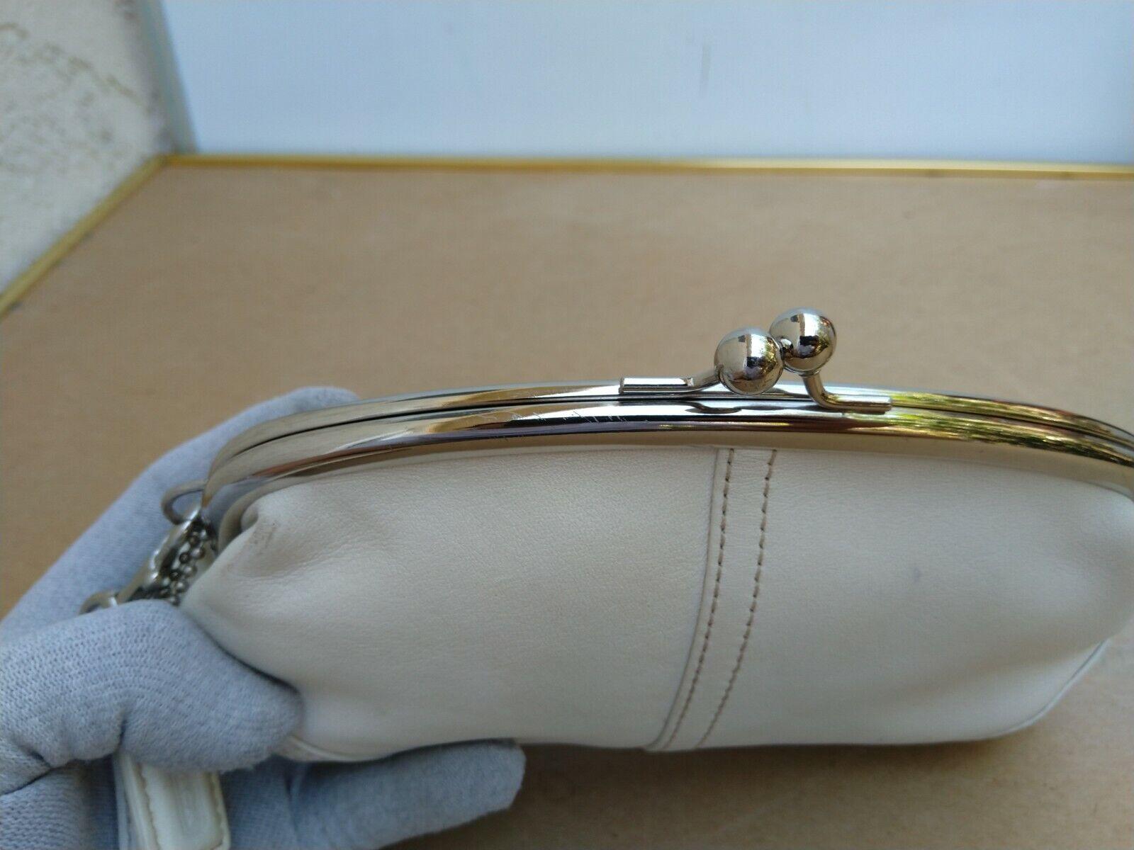 Coach Vtg Soho Kisslock Ivory Leather Framed Wris… - image 10