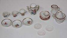 MU037 LOT OF PIECES OF CHINAWARE FOR DOLLHOUSE. PORCELAIN AND CROCKERY. 20's