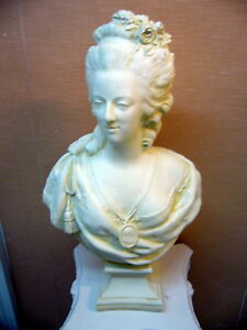 buste-SCULPTURE-statue-DECO-Patine-sable-Marie-antoinette-platre-arme-H54cm