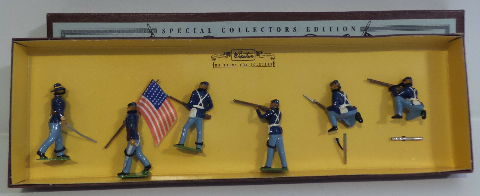 ARMY   UNION INFANTRY METAL SOLDIERS MADE IN 1995 BY BRITAINS 8852