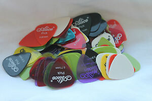 10-x-plettri-per-chitarra-PLECTRUM-Plec-ELECTRIC-ACOUSTIC-BASS-colori-assortiti
