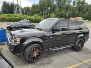 LOW KM 2013 RANGE ROVER SPORT SUPERCHARGED