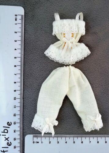 Varios Escala 1//12th casa de muñecas en miniatura hechas a mano Camisola Y Cajones Set.