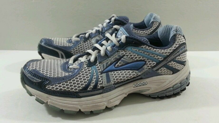 Brooks Adrenaline GTS 12 Women's Running  White Powder bluee - Size 8