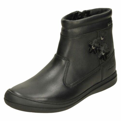 Girls Clarks Flower Detailed Boots ScooterGoGTX