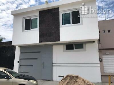 Casa en Venta en Fracc Los Alamitos