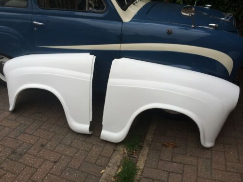 AUSTIN A35 OR A30 NEW FIBREGLASS RACE BOOT LID ONLY 2.7KG