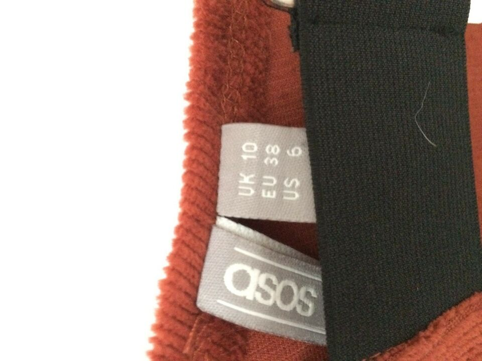 Spencer, Asos, str. M