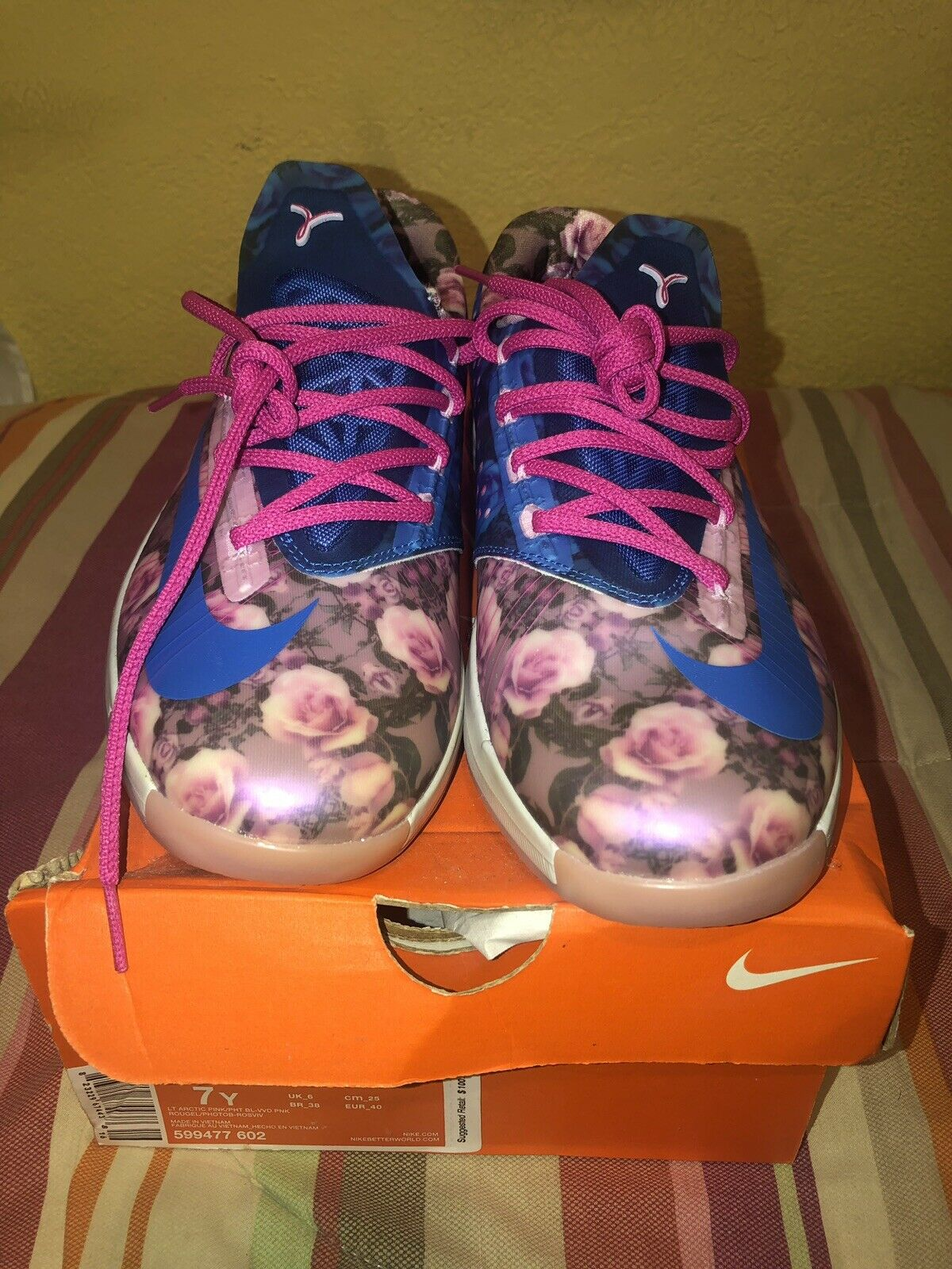 Nike kd 6 Aunt Pearl Size 7 (GS)