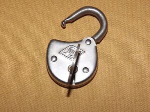 "VINTAGE MADE IN USA 1 1/2"" HIGH LOCK & KEY"