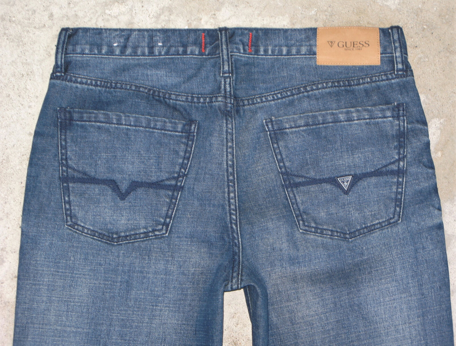 Guess Mens Del Mar Jeans Sz 29 X 30  Low Slim Straight Leg Distressed