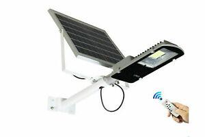 Faro-led-lampione-stradale-100-watt-luce-fredda-con-pannello-solare-e-staffa