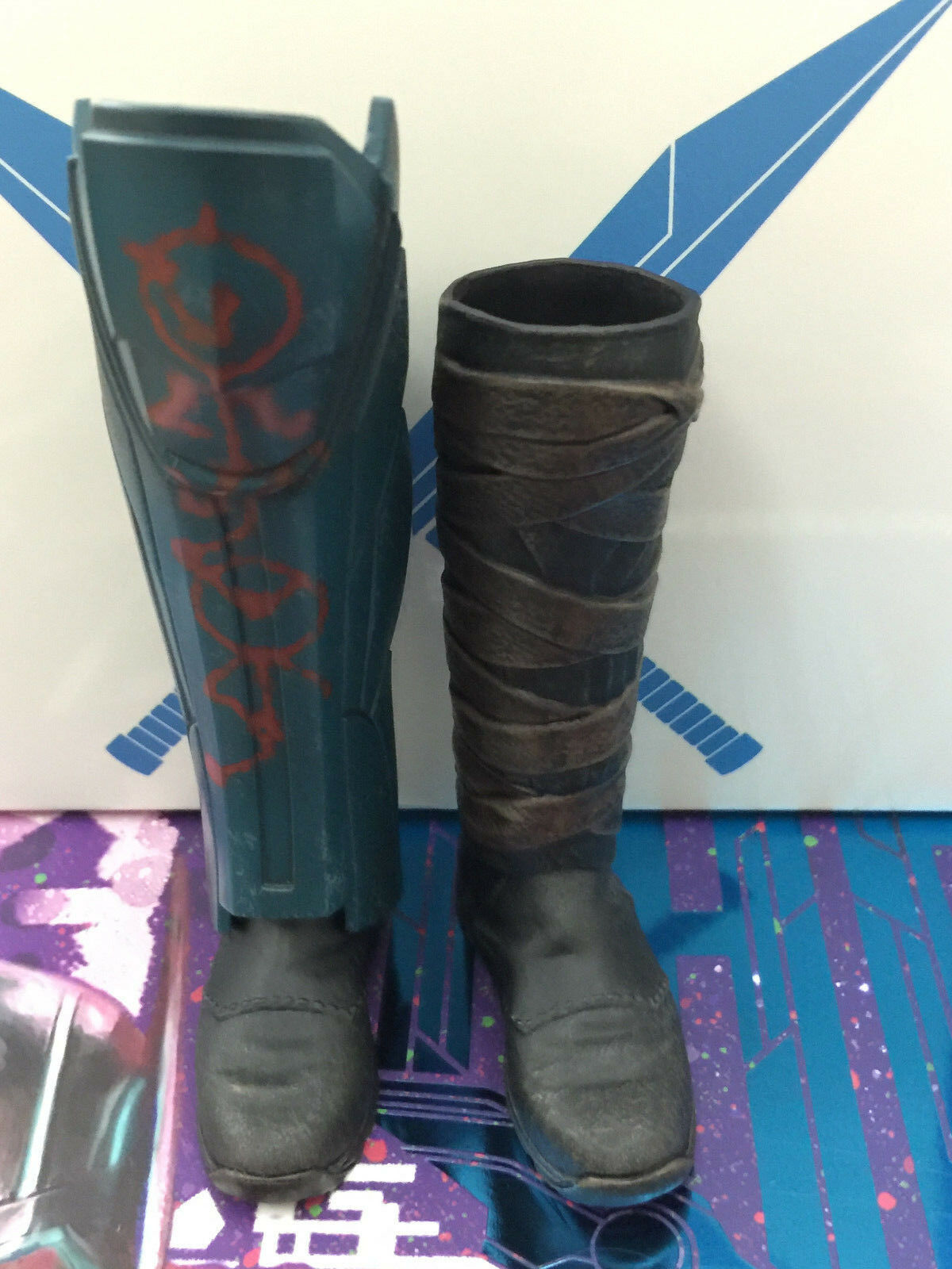 Hot toys Gladiator Thor Ragnarok MMS445 Deluxe - Boots Set