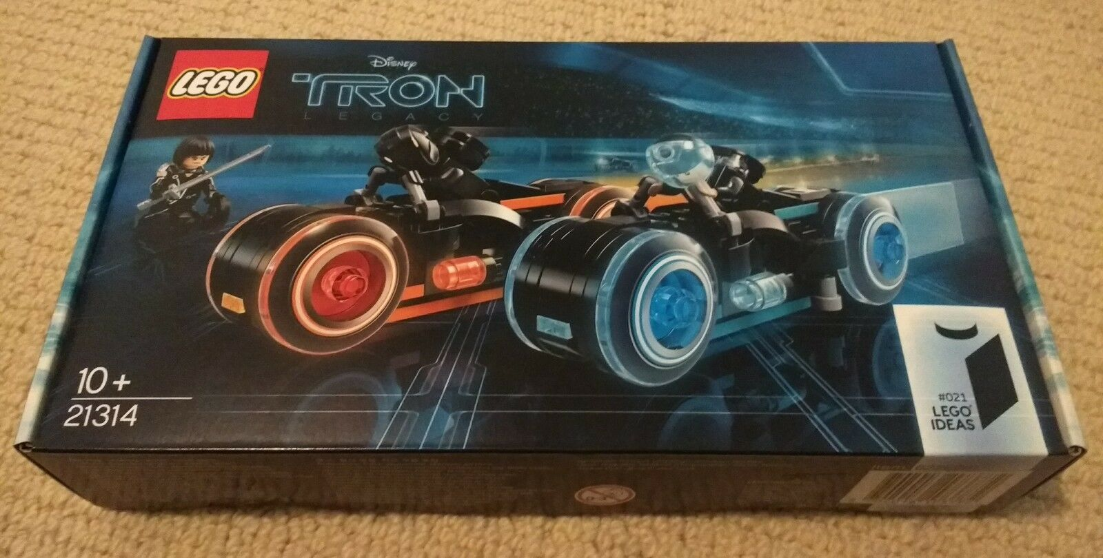 LEGO Ideas Tron Legacy 21314 Brand New