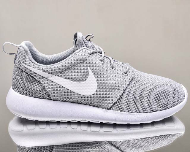 AUTHENTIC Nike Roshe Run One Wolf  Gris  Blanc 511881 023 Mesh Homme Chaussures sz