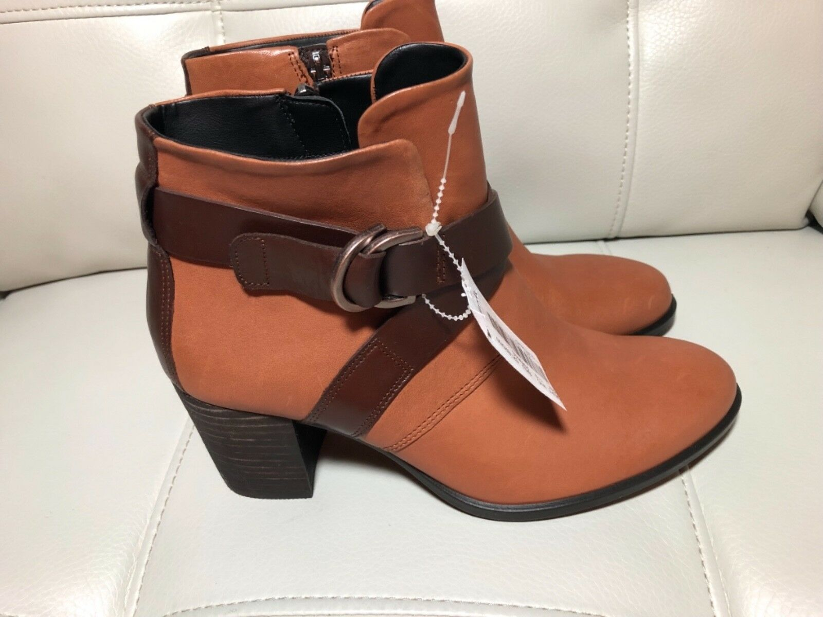ECCO Danish Design  Brown buckle leather leather leather ankle boots Sz37 US 6-6.5 zip sides 790343