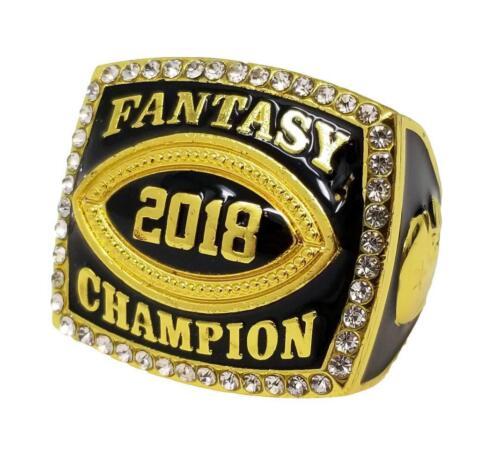 Década Awards 2018 oro anillo de campeón de fútbol de fantasía con diamantes de imitación frontera