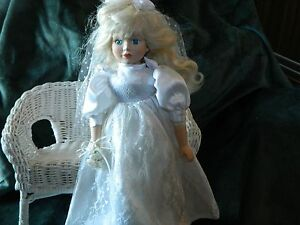 vintage porcelain doll blonde bride with blue eyes comes with stand